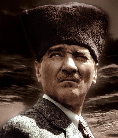 Atatürk-en-frontløber-05-Sarah-McKechnie