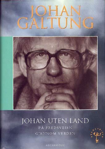 Fredsprofessor-Johan-Galtung-en-præsentation-03